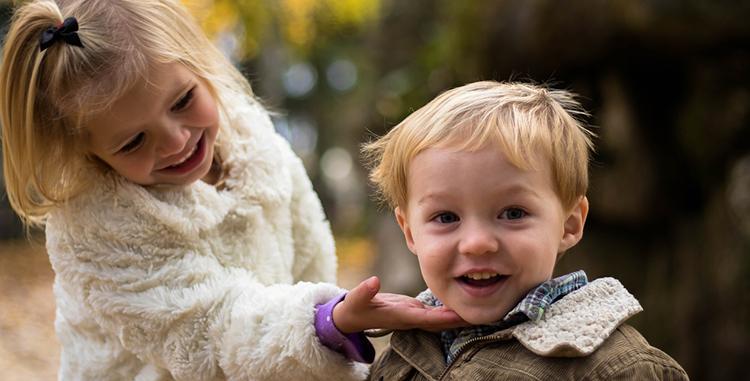 two-kids-smiling