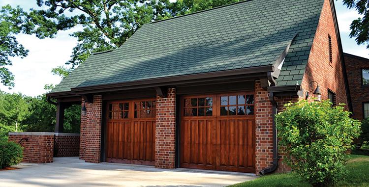 wood-garage-doors-des-moine.png