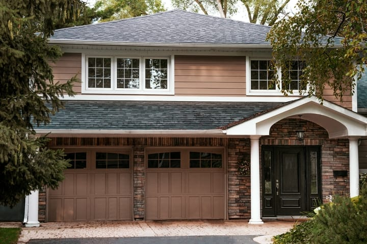 house-with-garage